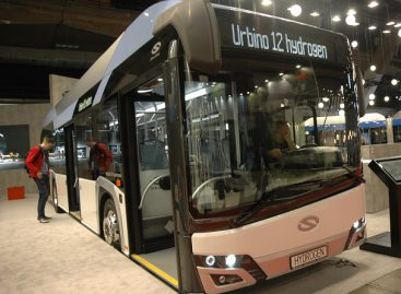 Europoje daugėja vandenilinių autobusų