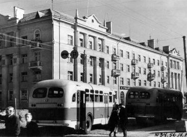 Sostinės autobusų istorija: 1950-ieji