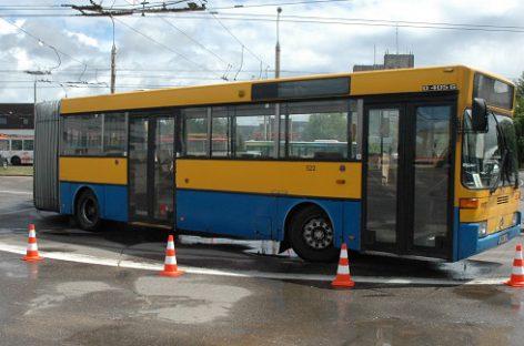 """Paaiškėjo geriausi bendrovės """"Vilniaus viešasis transportas"""" autobusų bei troleibusų vairuotojai"""
