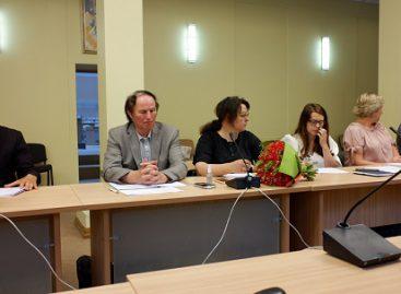Kauno miesto trišalės tarybos posėdyje svarstytas keleivinio transporto įkainių mažinimas