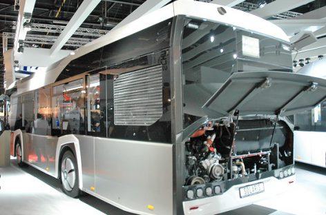 """""""Solaris"""" pristatys Varšuvai 70 suslėgtas gamtines dujas naudojančių autobusų"""