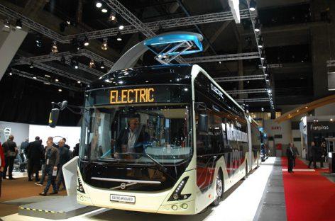 """Elektriniai """"Volvo"""" važinės už poliarinio rato"""