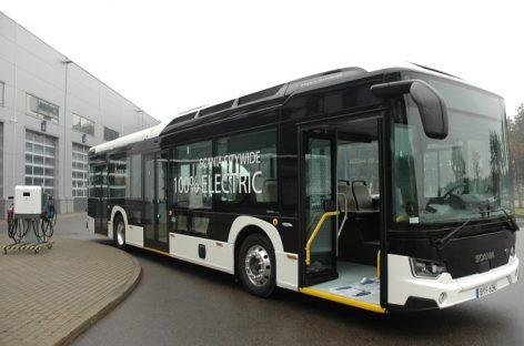 """""""Rīgas satiksme"""" pakvietė elektrinių ir vandenilinių autobusų gamintojus bendradarbiauti"""