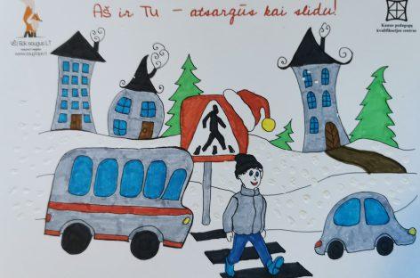 Mokinukai nupiešė kalėdinius linkėjimus vairuotojams