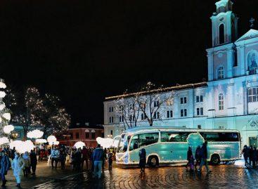 """Šventinę nuotaiką gyventojams į kiemus atveš """"Kaunas 2022"""" autobusas, jį pasikviesti gali kiekvienas kaunietis"""