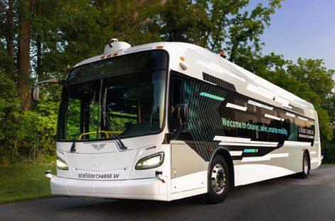 JAV pristatytas elektrinis savivaldis tarpmiesčio vežimams skirtas autobusas