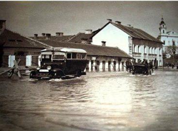 Autobusai sostinėje važinėjo ir per didįjį potvynį 1931-aisiais