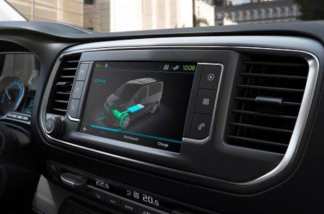 """""""Citroën"""" ir """"Peugeot"""" gamins vandenilio degalų elementais varomus komercinius automobilius"""