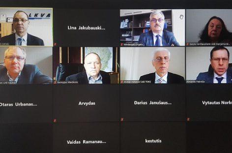 LKVA prezidiumo nariai svarstė problemas ir aptarė patogaus ir vieningo viešojo transporto viziją