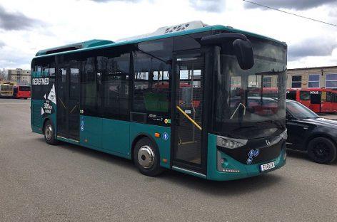 """""""Karsan"""" pristatys 12 ir 18 m ilgio elektrinius autobusus"""