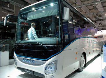 Autobuso stiklai: kodėl jų priežiūra yra gyvybiškai svarbi