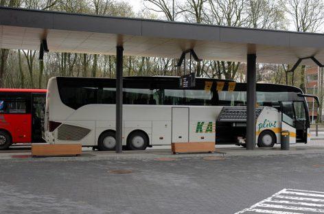 Dilema autobusų vairuotojams: palikti pusę šeimos stotyje ar pažeisti karantino taisykles?