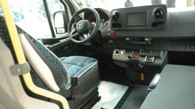 Mėgėjų pasinaudoti telefonu prie vairo Lietuvoje nemažėja: pažeidėjus skaičiuoja dešimtimis tūkstančių