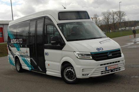 """""""Altas Auto"""" pristatė pirmuosius elektrinius autobusus"""