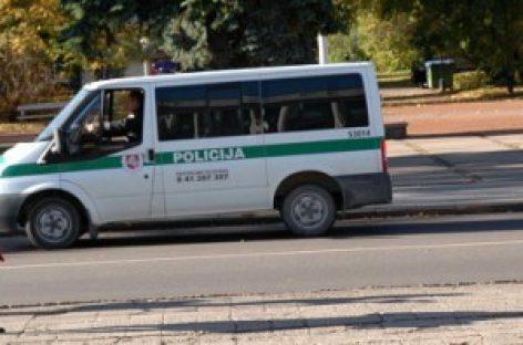Dėmesys krovininių automobilių ir autobusų vairuotojams