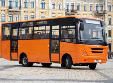 """Ukrainietiški I-Van — ant """"Mercedes-Benz"""" važiuoklės"""