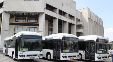 """Kijeve maršrutinius mikroautobusus keičia hibridiniai """"Volvo"""""""
