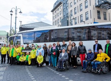 Individualių poreikių turintys žmonės dėkingi keleivių vežėjams už pagalbą