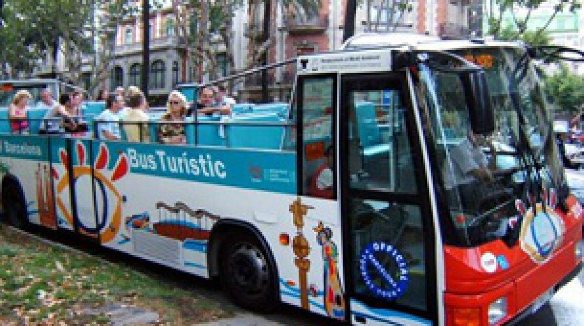 Barselona siūlo nemokamą viešąjį transportą žmonėms, kurie atsisako savo automobilių